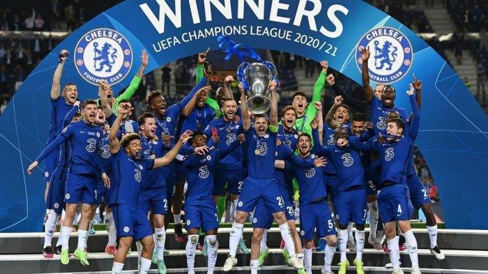 Para pemain Chelsea merayakan gelar juara Liga Champions 2020/2021 setelah mengalahkan Manchester City Minggu (30/5) dini hari WIB. Gol tunggal Kai Havertz menangkan bawa gelar Liga Champions kedua bagi Chelsea.