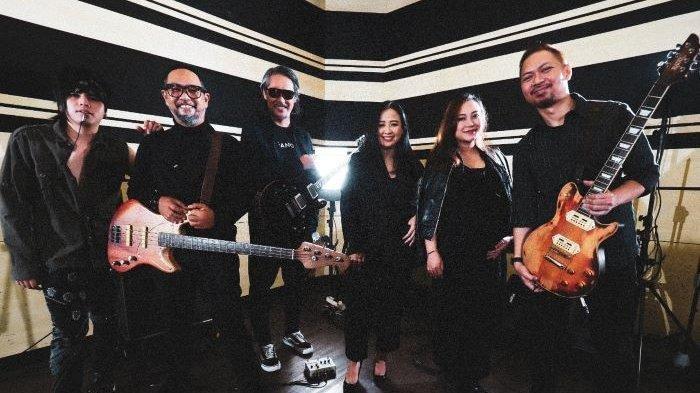LINK Band Cokelat Video Studio Session Bareng Aiu Ratna dan Astrid, Jadi Konten Awal