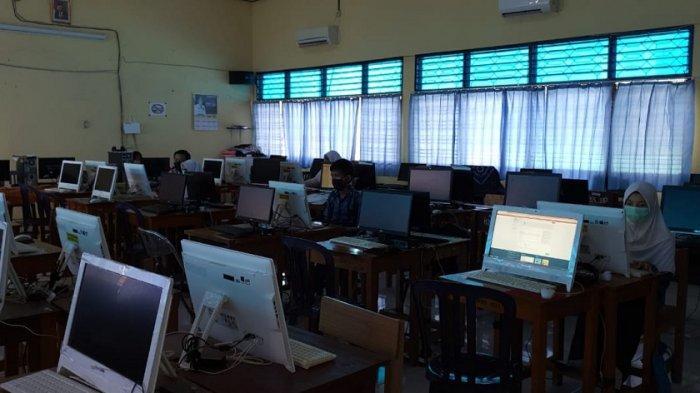 Hari Ketiga PPDB Online Lancar, SMAN 1 Pelaihari Tak Lagi Terlihat Penumpukan Peserta Pendaftar