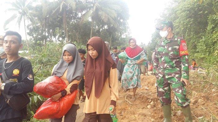 Banjir di Kalsel 2021, Dandim Tinjau Lokasi Longsor di Hantakan Kabupaten HST