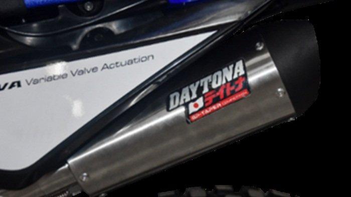 Pakai Aksesoris Resmi Yamaha WR 155 R, Touring dan Terabasan Makin Asyik - daytona-slash-yamaha.jpg