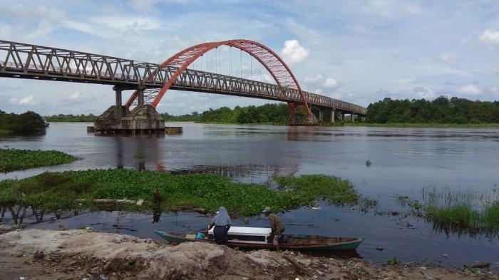 Debit Air Sungai Kahayan Palangkaraya Kalteng Naik, Warga di Bantaran Diminta Waspada