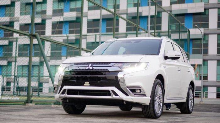 Terlaris di Dunia, Mitsubishi Outlander PHEV Terjual 220.938 Unit di Seluruh Dunia