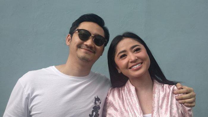 Saweran Dewi Perssik Viral! Setumpuk Uang Rp 100 Ribu dari Istri Angga Wijaya di Hari Valentine 2020