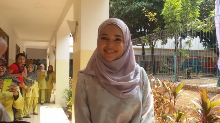 Kala Dewi Sandra Bertanya Pada Allah, Ditimpa Banyak Ujian Makin Cinta Alquran