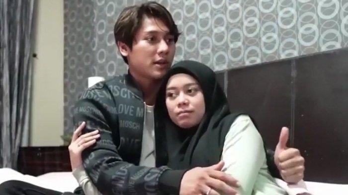Di depan, Atta Halilintar dan Aurel Hermansyah, Rizky Billar beber nama panggilannya dengan Lesti jika kelak sudah jadi orangtua