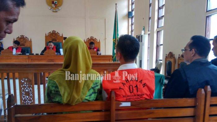 Kamis, Sidang Tuntutan Kabag Humas Pemkab Batola Non aktif  Hery Sasmita