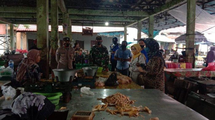 Jelang Hari Raya Idul Adha, Harga dan Ketersedian Bahan Pokok di Tapin Aman