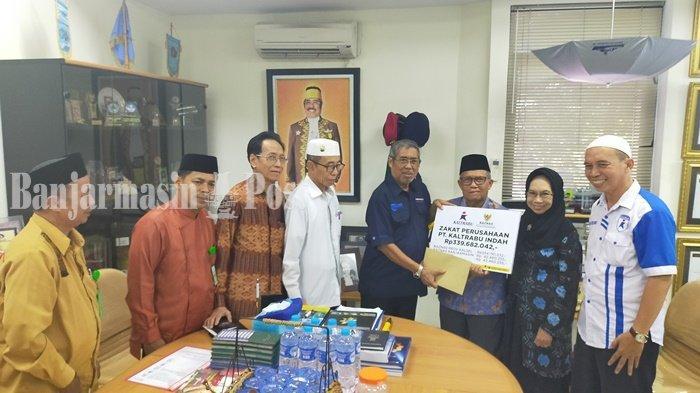 PT Kaltrabu Indah Banjarmasin Serahkan Zakat Perusahaan ke Baznas Kalsel