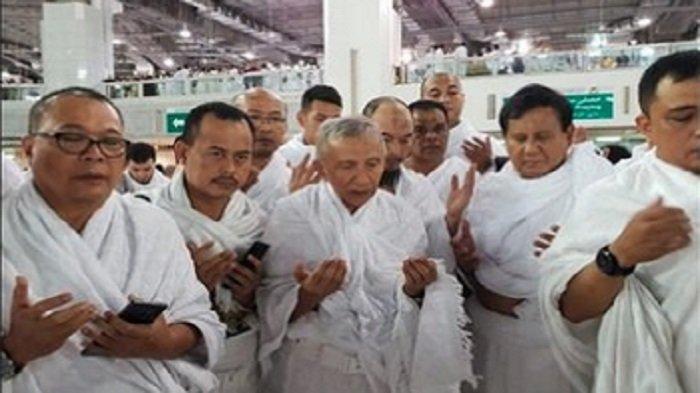 Mau Tahu Doa yang Dibacakan Amien Rais Ketika Bertemu Prabowo dan Habib Rizieq di Mekah?