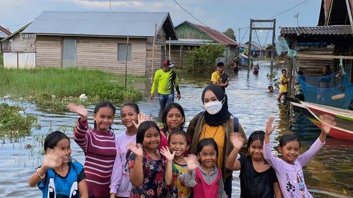 Jadi Relawan Banjir di Kalsel, dokter Sorayya Bikin Laporan ke Donatur via Instagram Story