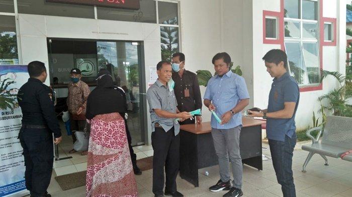 Dua Anggota DPRD Sidak RSUD Tanahbumbu, Juga Minta Pemkab Setop Sementara Penerbangan dari Makassar