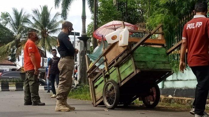 Belasan Warung Depan RSD Idaman Banjarbaru Terancam Dibongkar Paksa, Bongkar Sendiri Hingga 9 Maret