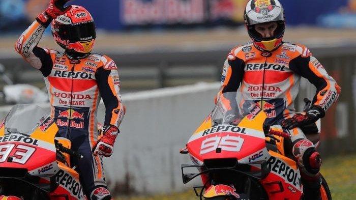 Dua pembalap Repsol Honda di MotoGP musim 2019, Marc Marquez (kiri) dan Jorge Lorenzo.