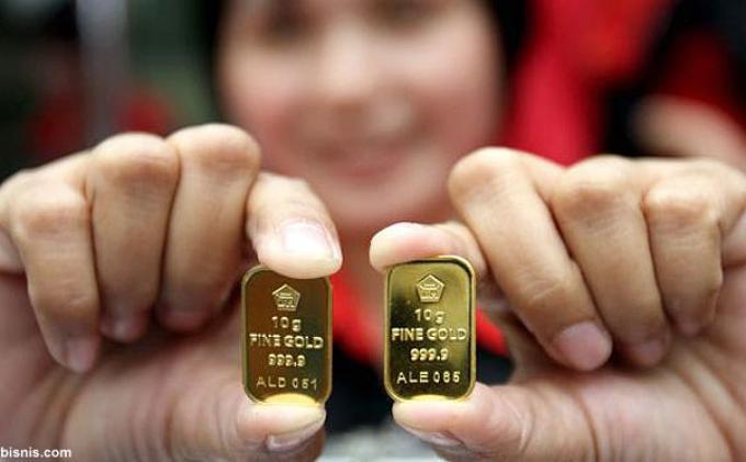 emas antam turun 8.000