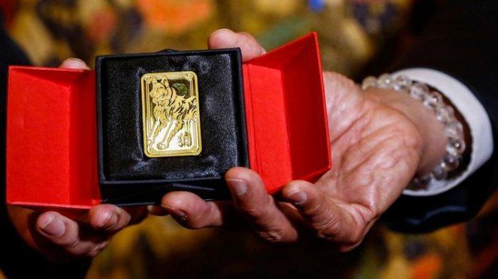 Harga Emas di Pegadaian Selasa Siang Ini, Emas Antam Naik Rp 14.000 Per 2 Gram