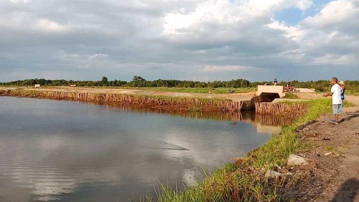Wisata Kalsel, Embung Lokudat Favorit Untuk Memancing di Landasan Ulin Kotabaru Kalsel
