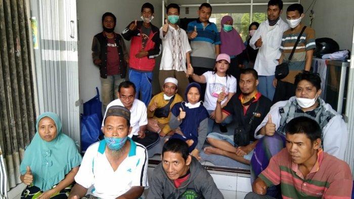 Berbagi Sembako Disabilitas, Emi Banjarbaru Kagumi Komunitas Difabel di Sukamara Banjarbaru