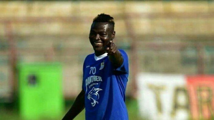 Video NDouassel dan Bauman Kontak Fisik Saat Persib Bandung vs Barito Putera Liga 1 2018 Viral