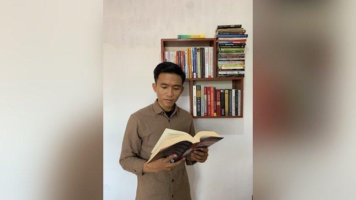 Baca Buku Karya Buya Hamka, Ketua BEM FISIP ULM Tersadar Tentang Pentingnya Kitab Suci Alquran