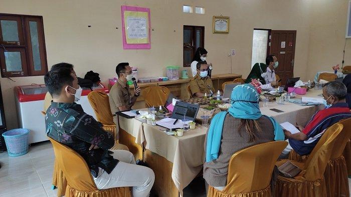 Revitalisasi Kawasan Transmigrasi, Kemendes PDTT Gelar FGD Pentahelix di Karang Bunga Batola
