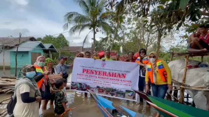 FJPI Kalsel Sisir Desa Terisolir di Kabupaten Banjar Salurkan Bantuan ke Korban Terdampak Banjir