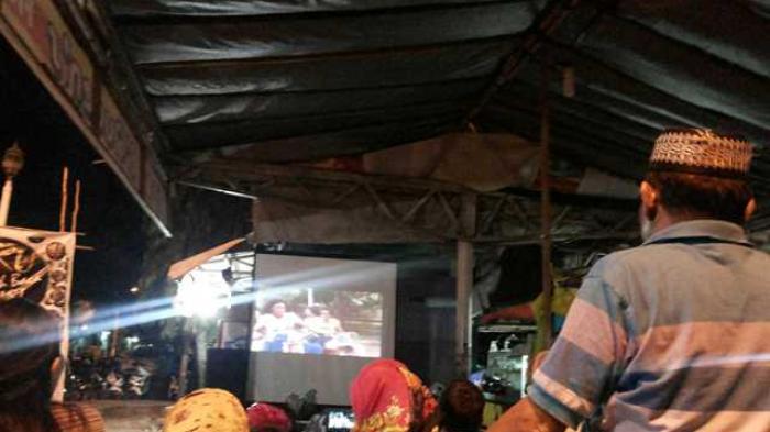 Ayo! Nonton Film 'Lawas' Raja Dangdut di Minggu Raya