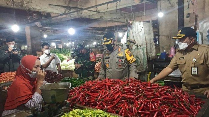 Petugas Gabungan Gelar Operasi Pasar, Harga Bahan Pokok di Banjarmasin Terpantau Aman