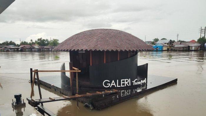 Menuju Galeri Terapung di Kampung Banjar Sungai Jingah Banjarmasin Lebih Asyik Naik Kelotok