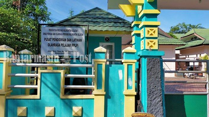 KalselPedia - Gedung PPLP di Mulawarman Banjarmasin, Suasananya Asri dan Teduh