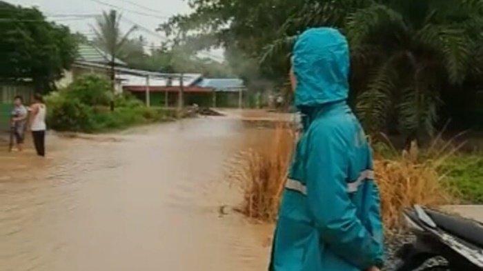 Dampak Banjir, Distribusi Air PDAM Kotabaru Terganggu karena Pipa Tersumbat