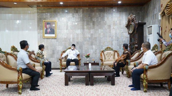 Silaturahmi Ramadan, PLN UIKL Kalimantan Kunjungi Pj Gubernur dan DPRD Kalsel