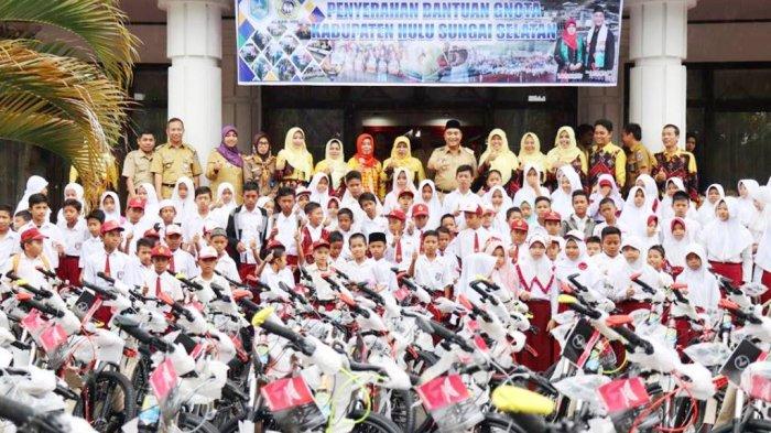 GNOTA Serahkan  110 Sepeda Kepada Pelajar SD