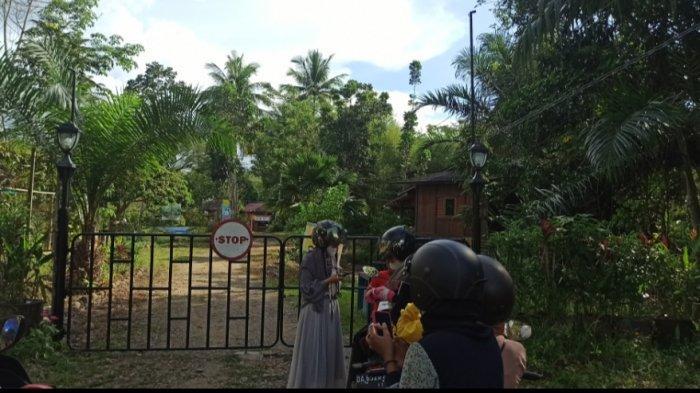 Goa Limbuhang Haliau dan Baruh Bunga HST Tutup, Pengunjung Terpaksa Balik Kanan