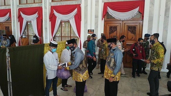 Najwan Senang Dapat Bantuan dari Gubernur Kalsel H Sahbirin Noor