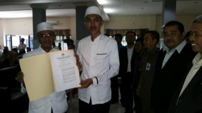 KPU Banjar Tetapkan Guru Khalil-Saidi sebagai Bupati dan Wakil Bupati Terpilih