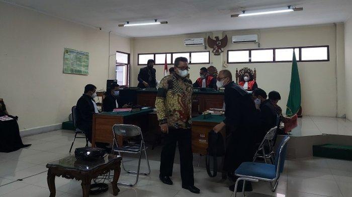 Dugaan Kasus Penipuan Terdakwa Mantan Bupati Balangan, Saksi Akui Serahkan Cek Kepada Ansharuddin