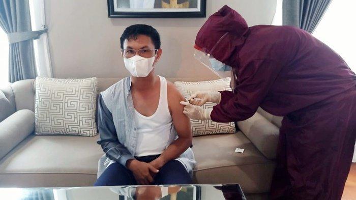 Sempat Tertunda, Wabup Batola Tunaikan Vaksinasi Kedua di Rumah Dinas