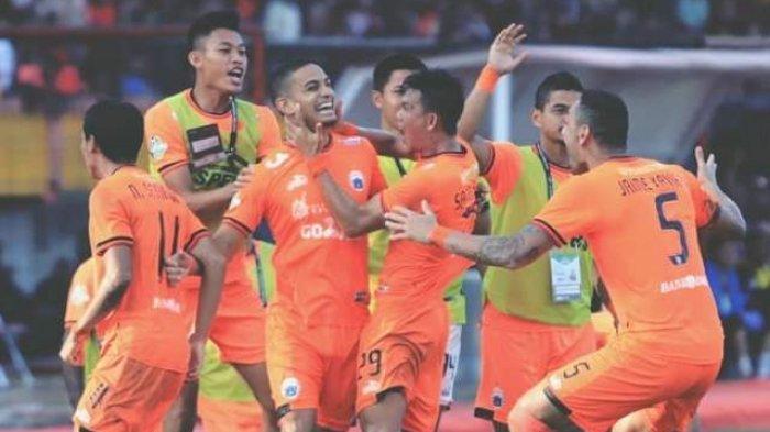 Peluang Persija Jakarta Juara Liga 1 2018 Jelang Persija vs Sriwijaya FC & PSM vs Bali United