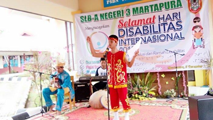 Tak Bisa Melihat, Tapi Tunanetra dari Kabupaten Banjar Ini Juara Nulis Cerpen