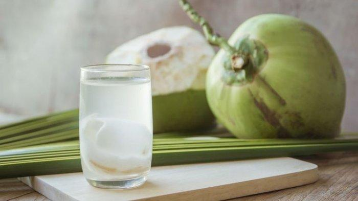 Manfaat Air Kelapa Selain untuk Kecantikan, Ternyata Bisa Buat Langsing, Begini Caranya
