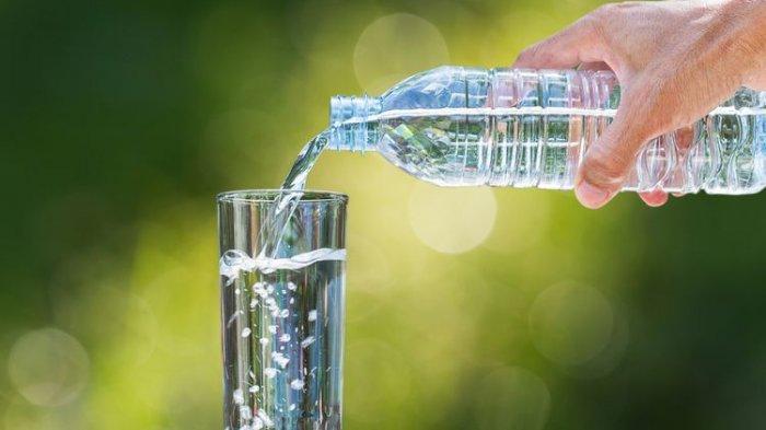 Kenali Tanda-tanda Kebanyakan Minum Air Putih, Overhidrasi hingga Menyebabkan Kematian
