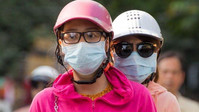 Bahayanya Kacamata Berembun saat Memakai Masker, Bisa Tertular Virus Corona