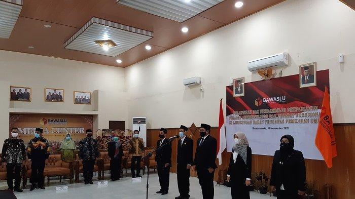 Lolos Seleksi, Sederet Pejabat Bawaslu di Kalsel Dilantik Jadi Pejabat Administrator dan Fungsional