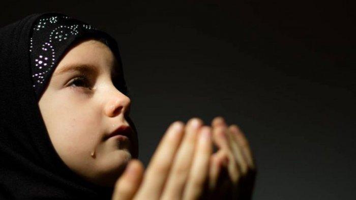 TAFAKUR Jelang Tahun Baru 2021, Ini Doa Akhir dan Awal Tahun Lengkap Bahasa Arab dan Artinya
