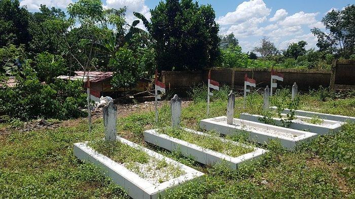 Tak Terawat, Makam Pahlawan Bumi Mas di Karang Intan Kabupaten Banjar Kalsel Ditumbuhi Rumput
