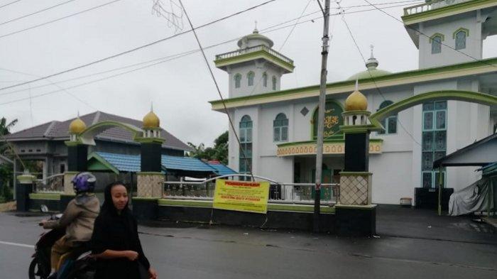 Kalselpedia : Masjid Tajul Qura di Kupang Tapin