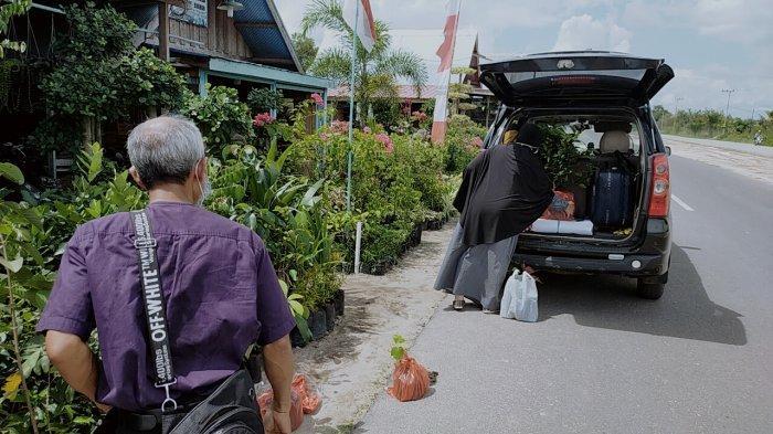 Jalan Yos Soedarso Palangkaraya Diperlebar, ini Kata Pedagang Makanan