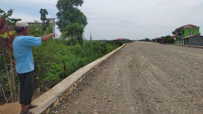 Baru Perkerasan, Jalan Desa Bayur-Panangkalan Kini Ramai Dibangun Permukiman