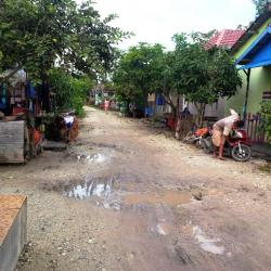 Yth Kadis PUPR Banjar, Sudah 8 Tahun Jalan Kompleks BSD Gambut Belum Juga Diperbaiki